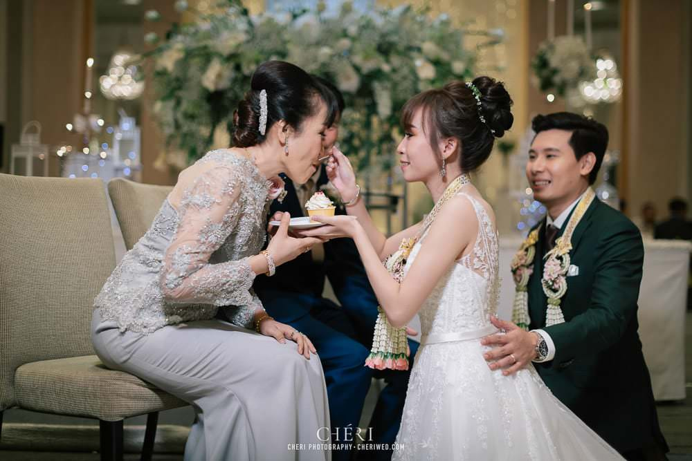 รีวิว งาน แต่งงาน งานเลี้ยงฉลองมงคลสมรส คุณขวัญ และคุณไอซ์ โรงแรมสวิสโซเทล กรุงเทพ รัชดา, Review Luxurious Wedding Reception at Swissotel Bangkok Ratchada, Kwan and Ice 170