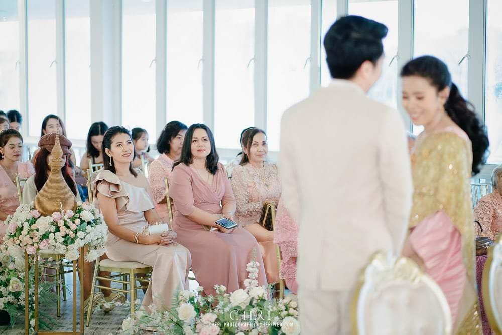 RuenPraKaiPetch thai wedding ceremony cheri weding 42 - รีวิว ภาพถ่ายผลงาน งานแต่งพิธีหมั้นแบบไทย สถานที่จัดงานแต่งงาน ริมทะเลสาบ เรือนประกายเพชร เรือนไทยสไตล์โคโลเนียล คุณสุนิธี และคุณนัฐวุฒิ