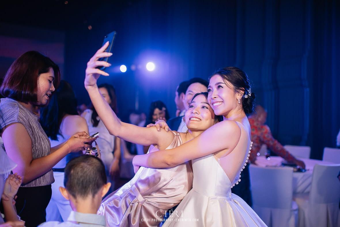 so sofitel bangkok wedding reception cheriwed tua pa 313 - SO Sofitel Bangkok Wedding Reception of Pa and Tua - งานแต่งงานสุดชิคในธีมสีม่วง ทุ่งลาเวนเดอร์ ที่โรงแรม โซ โซฟิเทล เเบงคอก