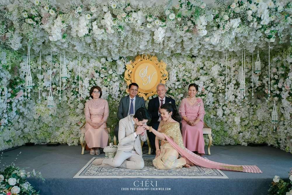 RuenPraKaiPetch thai wedding ceremony cheri weding 181 - รีวิว ภาพถ่ายผลงาน งานแต่งพิธีหมั้นแบบไทย สถานที่จัดงานแต่งงาน ริมทะเลสาบ เรือนประกายเพชร เรือนไทยสไตล์โคโลเนียล คุณสุนิธี และคุณนัฐวุฒิ