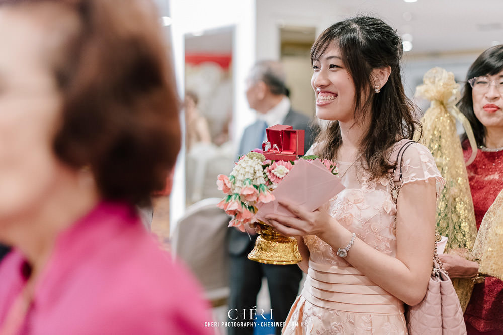 tawana bangkok hotel thai wedding ceremony 22