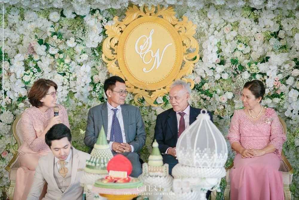 RuenPraKaiPetch thai wedding ceremony cheri weding 137 - รีวิว ภาพถ่ายผลงาน งานแต่งพิธีหมั้นแบบไทย สถานที่จัดงานแต่งงาน ริมทะเลสาบ เรือนประกายเพชร เรือนไทยสไตล์โคโลเนียล คุณสุนิธี และคุณนัฐวุฒิ