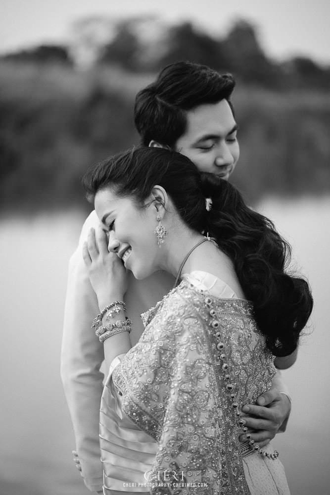 RuenPraKaiPetch thai wedding ceremony cheri weding 30 - รีวิว ภาพถ่ายผลงาน งานแต่งพิธีหมั้นแบบไทย สถานที่จัดงานแต่งงาน ริมทะเลสาบ เรือนประกายเพชร เรือนไทยสไตล์โคโลเนียล คุณสุนิธี และคุณนัฐวุฒิ