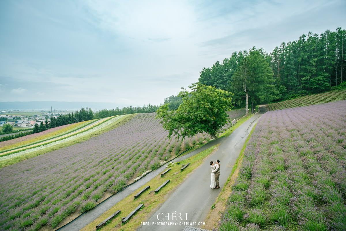 cheriwed pre wedding in hokkaido japan tomita farm lavender field 34 - Pre-Wedding Photo in Hokkaido, Japan with Lavender Field at Tomita Farm - Lowina & Simon from Hong Kong