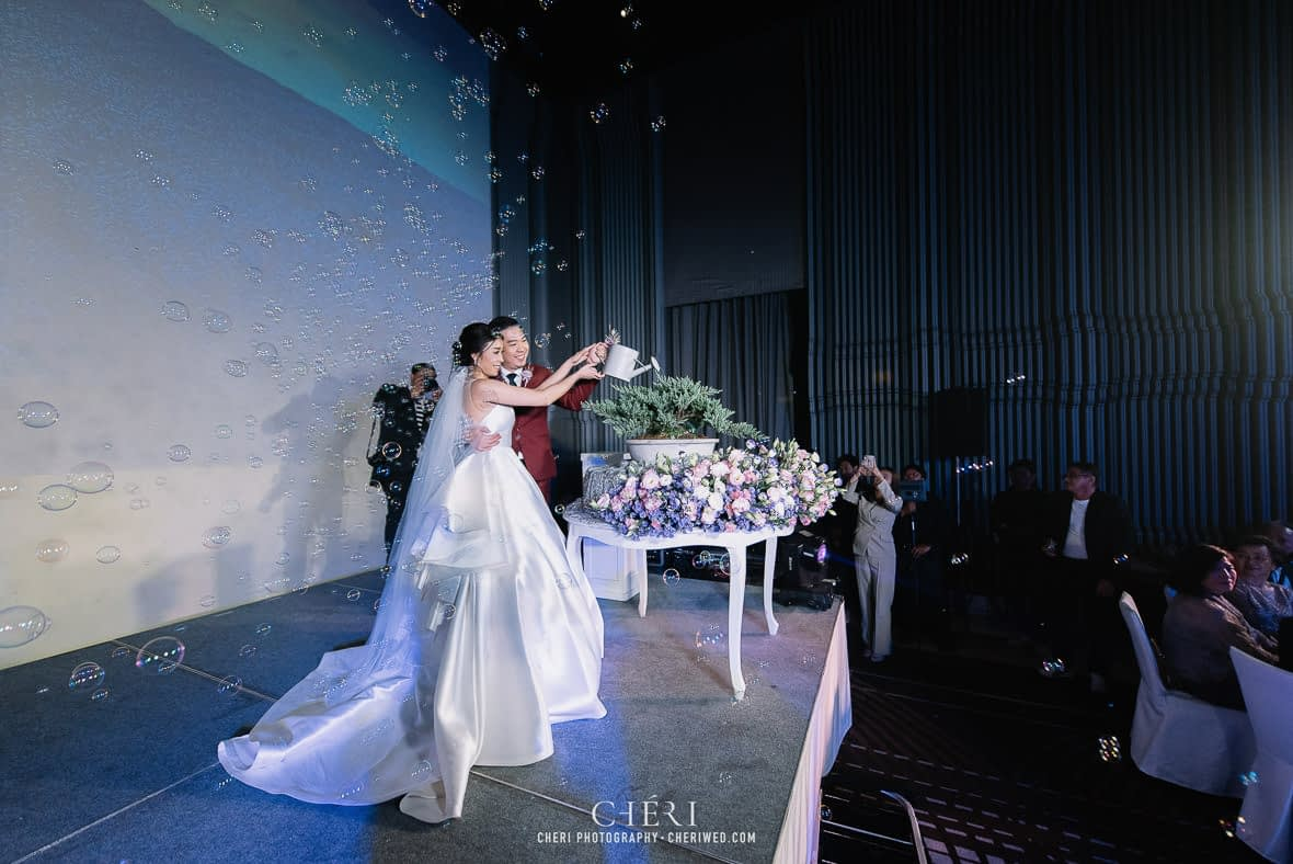 so sofitel bangkok wedding reception cheriwed tua pa 247 - SO Sofitel Bangkok Wedding Reception of Pa and Tua - งานแต่งงานสุดชิคในธีมสีม่วง ทุ่งลาเวนเดอร์ ที่โรงแรม โซ โซฟิเทล เเบงคอก