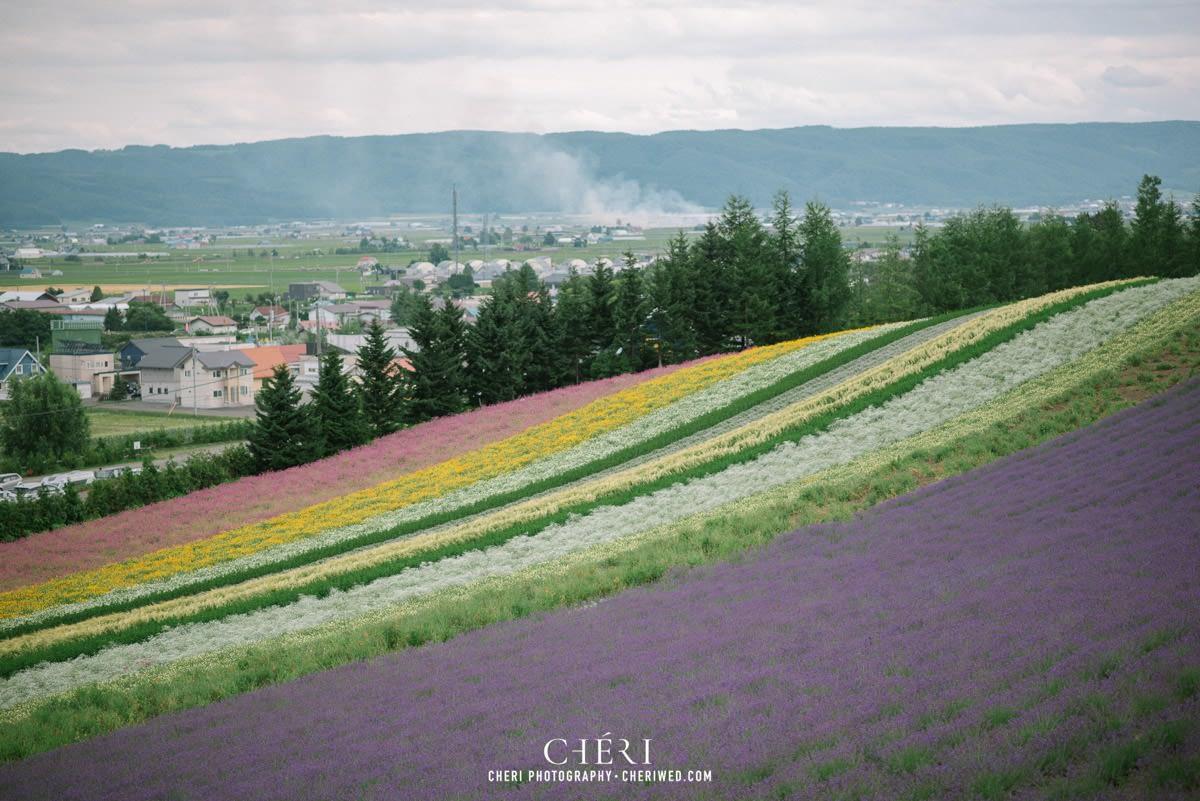 cheriwed pre wedding in hokkaido japan tomita farm lavender field 49 - Pre-Wedding Photo in Hokkaido, Japan with Lavender Field at Tomita Farm - Lowina & Simon from Hong Kong