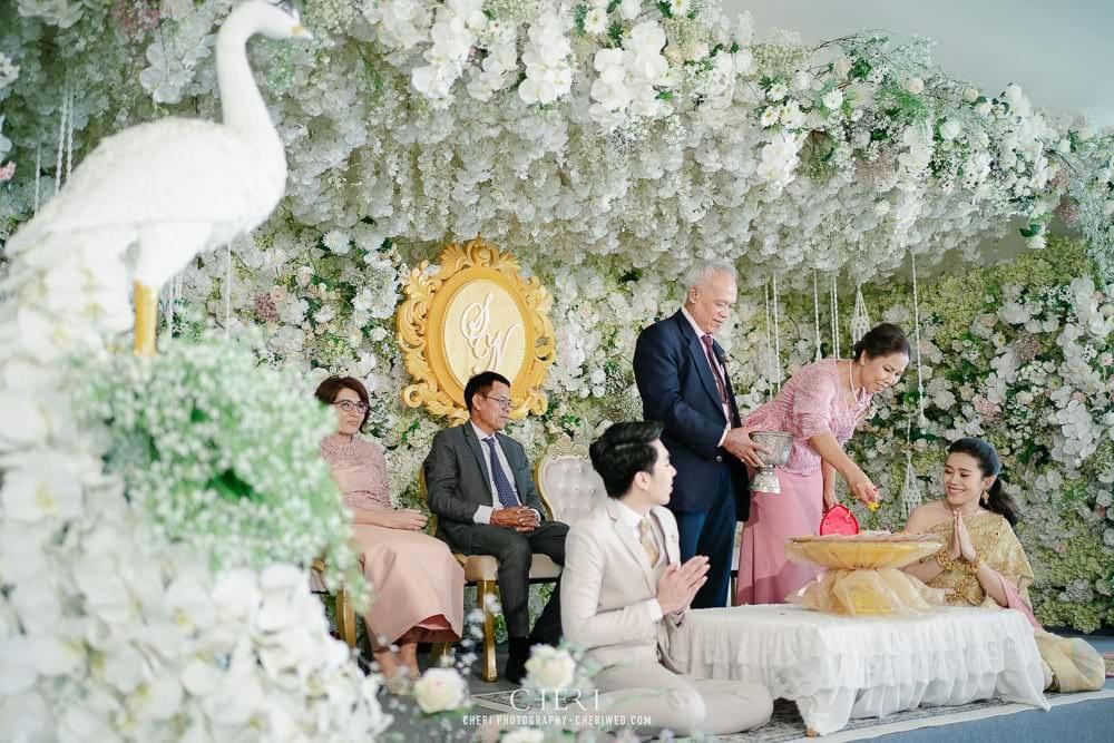 RuenPraKaiPetch thai wedding ceremony cheri weding 172 - รีวิว ภาพถ่ายผลงาน งานแต่งพิธีหมั้นแบบไทย สถานที่จัดงานแต่งงาน ริมทะเลสาบ เรือนประกายเพชร เรือนไทยสไตล์โคโลเนียล คุณสุนิธี และคุณนัฐวุฒิ