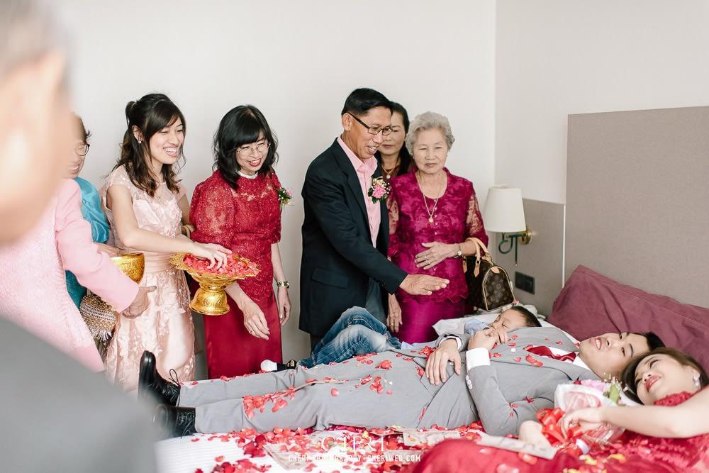 tawana bangkok hotel thai wedding ceremony 87 - Tawana Bangkok Hotel Charming Thai Chinese Wedding Ceremony, Rattaya & Sukij