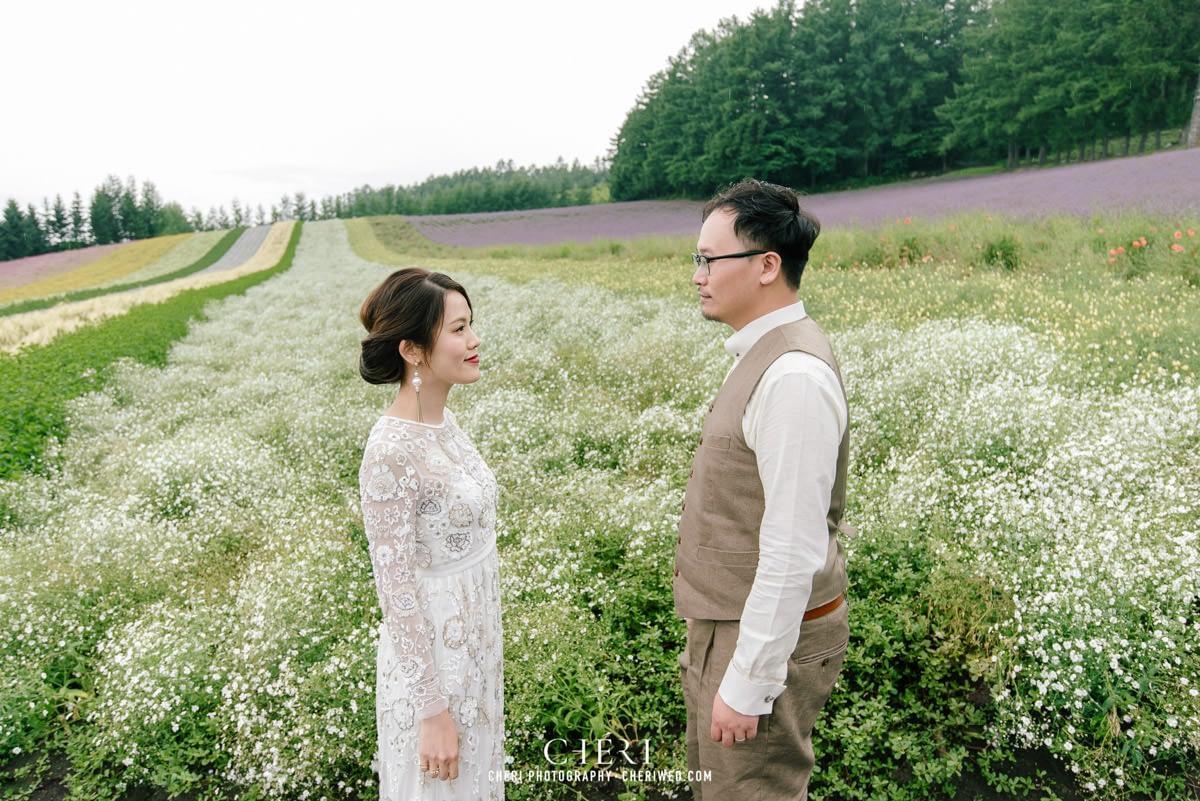 cheriwed pre wedding in hokkaido japan tomita farm lavender field 17 - Pre-Wedding Photo in Hokkaido, Japan with Lavender Field at Tomita Farm - Lowina & Simon from Hong Kong