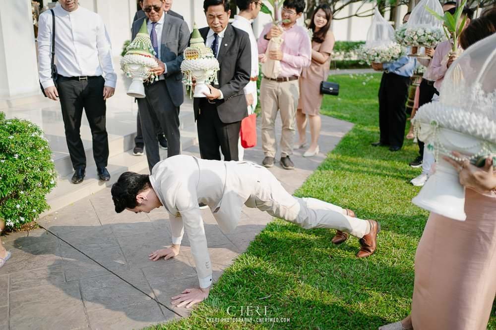 RuenPraKaiPetch thai wedding ceremony cheri weding 119 - รีวิว ภาพถ่ายผลงาน งานแต่งพิธีหมั้นแบบไทย สถานที่จัดงานแต่งงาน ริมทะเลสาบ เรือนประกายเพชร เรือนไทยสไตล์โคโลเนียล คุณสุนิธี และคุณนัฐวุฒิ