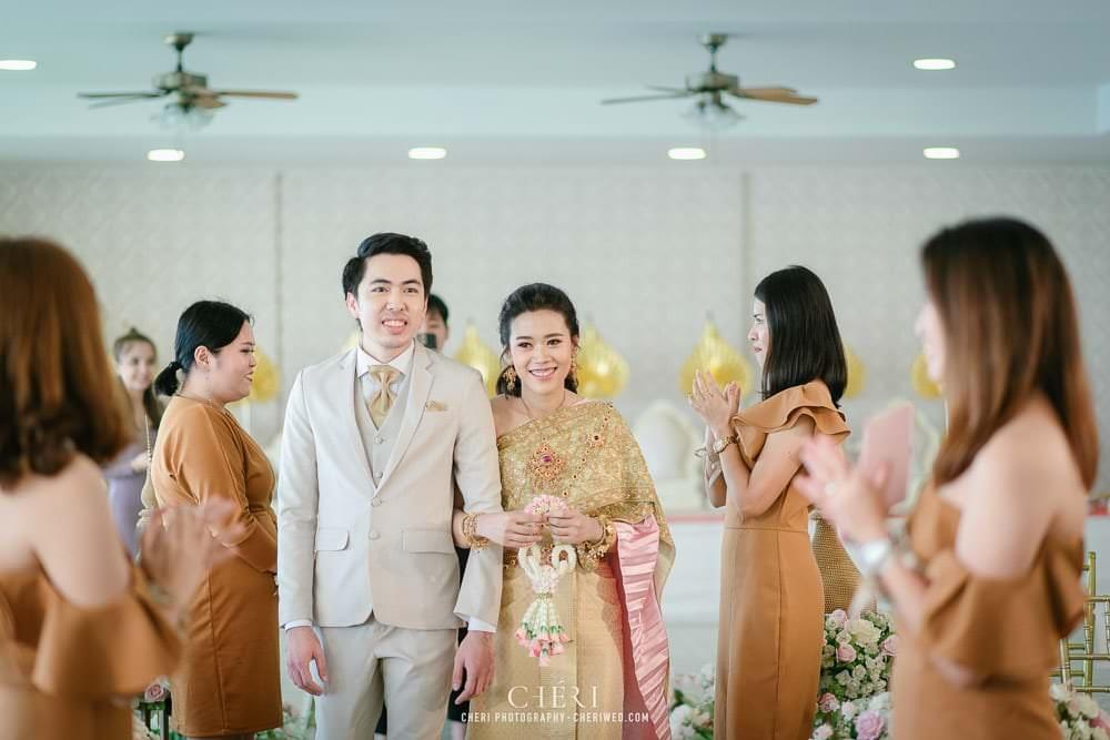 RuenPraKaiPetch thai wedding ceremony cheri weding 159 - รีวิว ภาพถ่ายผลงาน งานแต่งพิธีหมั้นแบบไทย สถานที่จัดงานแต่งงาน ริมทะเลสาบ เรือนประกายเพชร เรือนไทยสไตล์โคโลเนียล คุณสุนิธี และคุณนัฐวุฒิ