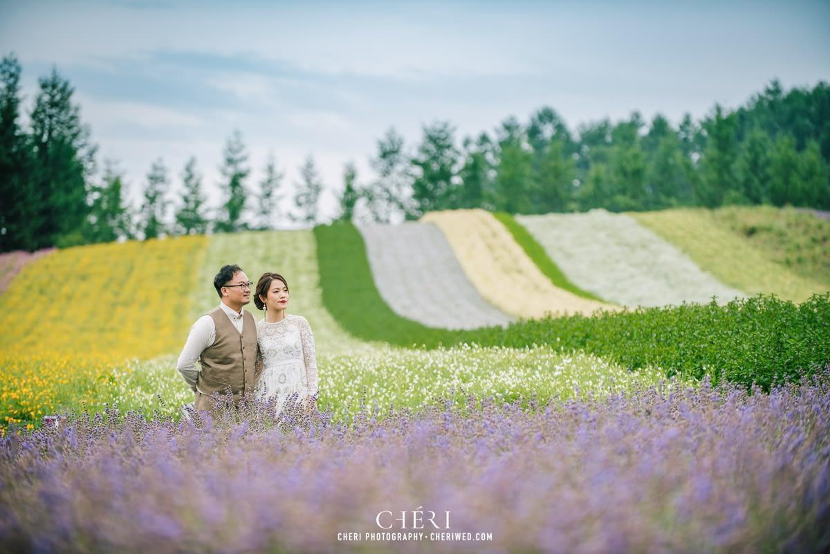 cheriwed pre wedding in hokkaido japan tomita farm lavender field 16 - Pre-Wedding Photo in Hokkaido, Japan with Lavender Field at Tomita Farm - Lowina & Simon from Hong Kong