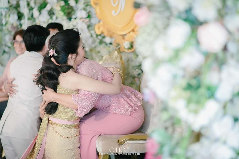 RuenPraKaiPetch thai wedding ceremony cheri weding 166 - รีวิว ภาพถ่ายผลงาน งานแต่งพิธีหมั้นแบบไทย สถานที่จัดงานแต่งงาน ริมทะเลสาบ เรือนประกายเพชร เรือนไทยสไตล์โคโลเนียล คุณสุนิธี และคุณนัฐวุฒิ