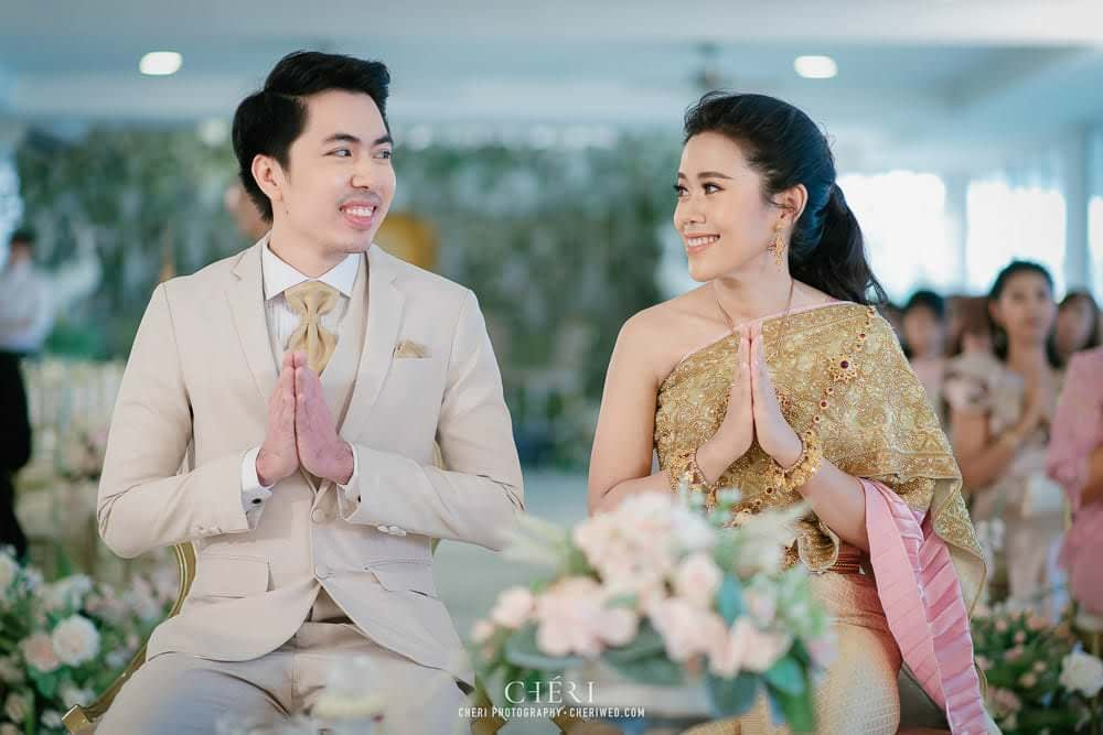 RuenPraKaiPetch thai wedding ceremony cheri weding 49 - รีวิว ภาพถ่ายผลงาน งานแต่งพิธีหมั้นแบบไทย สถานที่จัดงานแต่งงาน ริมทะเลสาบ เรือนประกายเพชร เรือนไทยสไตล์โคโลเนียล คุณสุนิธี และคุณนัฐวุฒิ