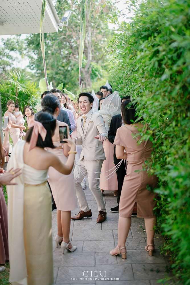 RuenPraKaiPetch thai wedding ceremony cheri weding 128 - รีวิว ภาพถ่ายผลงาน งานแต่งพิธีหมั้นแบบไทย สถานที่จัดงานแต่งงาน ริมทะเลสาบ เรือนประกายเพชร เรือนไทยสไตล์โคโลเนียล คุณสุนิธี และคุณนัฐวุฒิ