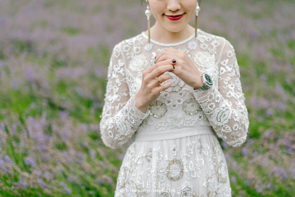 cheriwed pre wedding in hokkaido japan tomita farm lavender field 41 - Pre-Wedding Photo in Hokkaido, Japan with Lavender Field at Tomita Farm - Lowina & Simon from Hong Kong