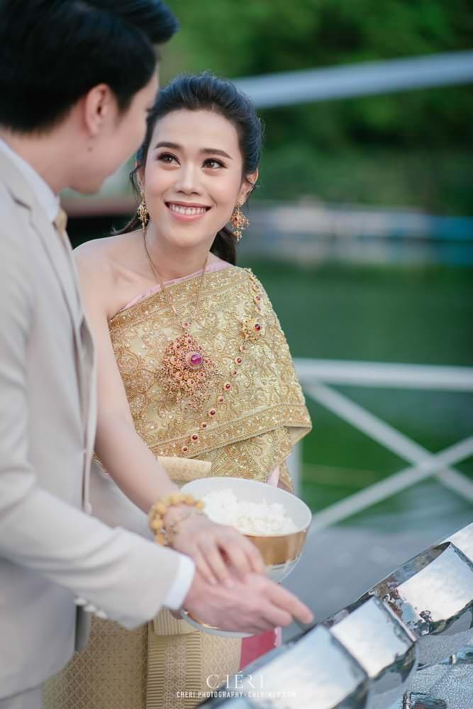 RuenPraKaiPetch thai wedding ceremony cheri weding 21 - รีวิว ภาพถ่ายผลงาน งานแต่งพิธีหมั้นแบบไทย สถานที่จัดงานแต่งงาน ริมทะเลสาบ เรือนประกายเพชร เรือนไทยสไตล์โคโลเนียล คุณสุนิธี และคุณนัฐวุฒิ