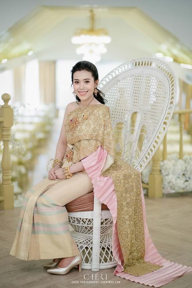 RuenPraKaiPetch thai wedding ceremony cheri weding 134 - รีวิว ภาพถ่ายผลงาน งานแต่งพิธีหมั้นแบบไทย สถานที่จัดงานแต่งงาน ริมทะเลสาบ เรือนประกายเพชร เรือนไทยสไตล์โคโลเนียล คุณสุนิธี และคุณนัฐวุฒิ