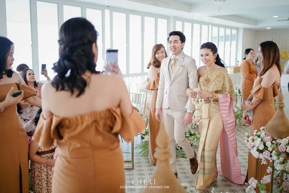 RuenPraKaiPetch thai wedding ceremony cheri weding 157 - รีวิว ภาพถ่ายผลงาน งานแต่งพิธีหมั้นแบบไทย สถานที่จัดงานแต่งงาน ริมทะเลสาบ เรือนประกายเพชร เรือนไทยสไตล์โคโลเนียล คุณสุนิธี และคุณนัฐวุฒิ