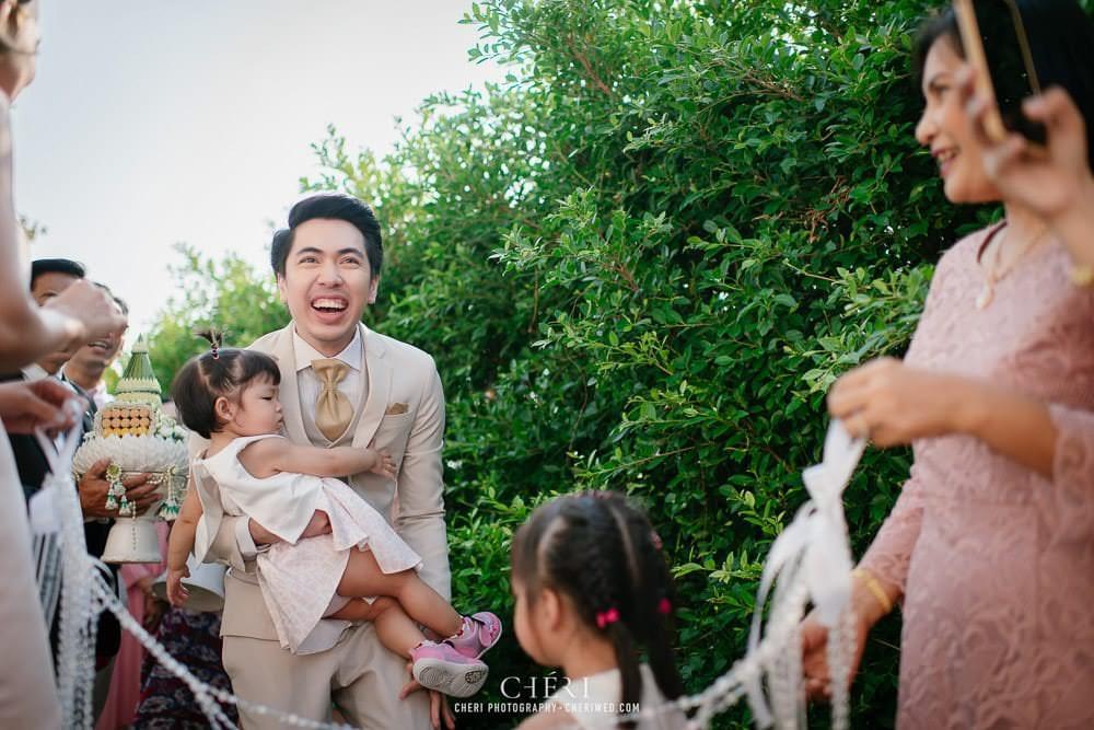 RuenPraKaiPetch thai wedding ceremony cheri weding 04 - รีวิว ภาพถ่ายผลงาน งานแต่งพิธีหมั้นแบบไทย สถานที่จัดงานแต่งงาน ริมทะเลสาบ เรือนประกายเพชร เรือนไทยสไตล์โคโลเนียล คุณสุนิธี และคุณนัฐวุฒิ