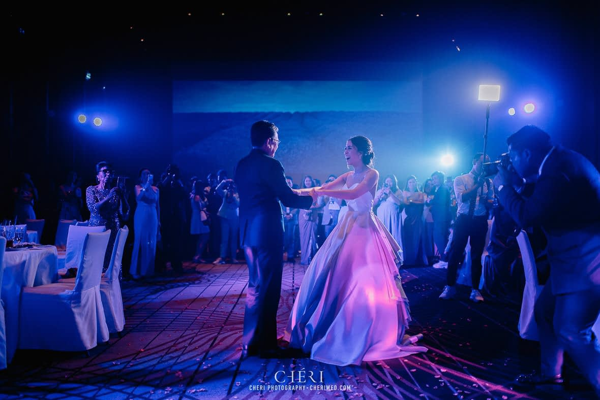 so sofitel bangkok wedding reception cheriwed tua pa 290 - SO Sofitel Bangkok Wedding Reception of Pa and Tua - งานแต่งงานสุดชิคในธีมสีม่วง ทุ่งลาเวนเดอร์ ที่โรงแรม โซ โซฟิเทล เเบงคอก