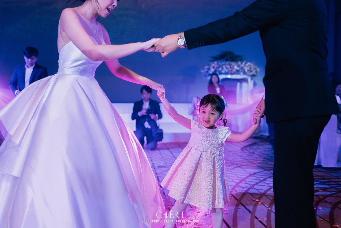 so sofitel bangkok wedding reception cheriwed tua pa 292 - SO Sofitel Bangkok Wedding Reception of Pa and Tua - งานแต่งงานสุดชิคในธีมสีม่วง ทุ่งลาเวนเดอร์ ที่โรงแรม โซ โซฟิเทล เเบงคอก