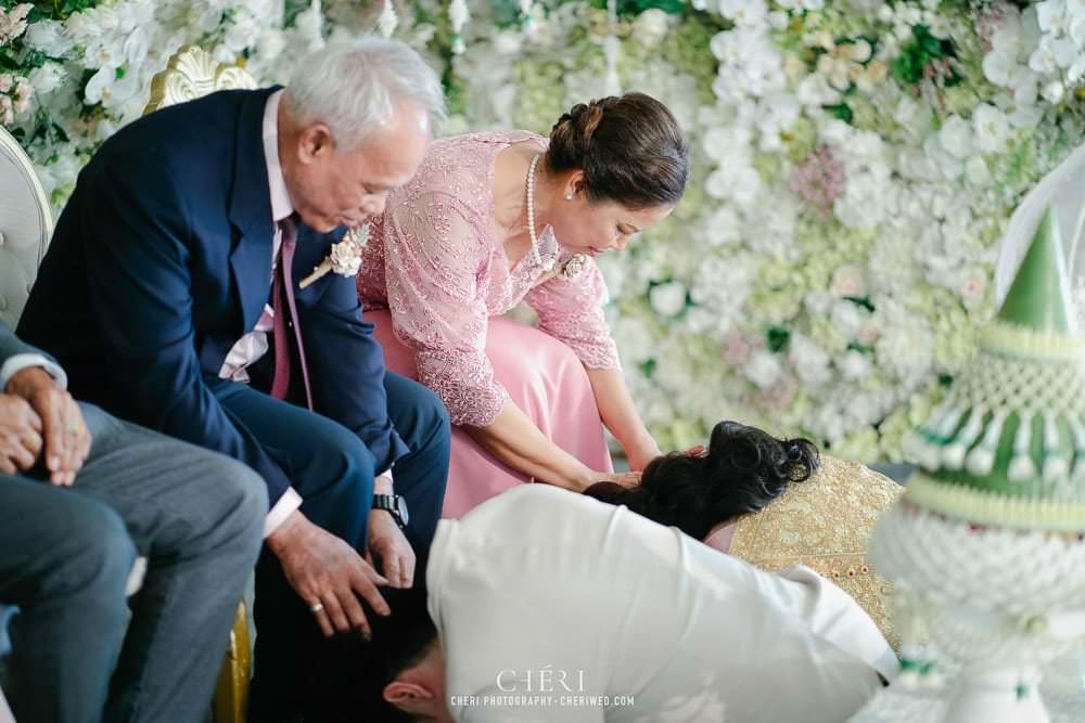 RuenPraKaiPetch thai wedding ceremony cheri weding 163 - รีวิว ภาพถ่ายผลงาน งานแต่งพิธีหมั้นแบบไทย สถานที่จัดงานแต่งงาน ริมทะเลสาบ เรือนประกายเพชร เรือนไทยสไตล์โคโลเนียล คุณสุนิธี และคุณนัฐวุฒิ