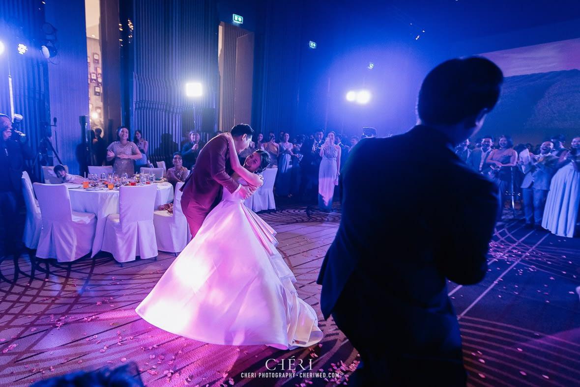 so sofitel bangkok wedding reception cheriwed tua pa 302 - SO Sofitel Bangkok Wedding Reception of Pa and Tua - งานแต่งงานสุดชิคในธีมสีม่วง ทุ่งลาเวนเดอร์ ที่โรงแรม โซ โซฟิเทล เเบงคอก