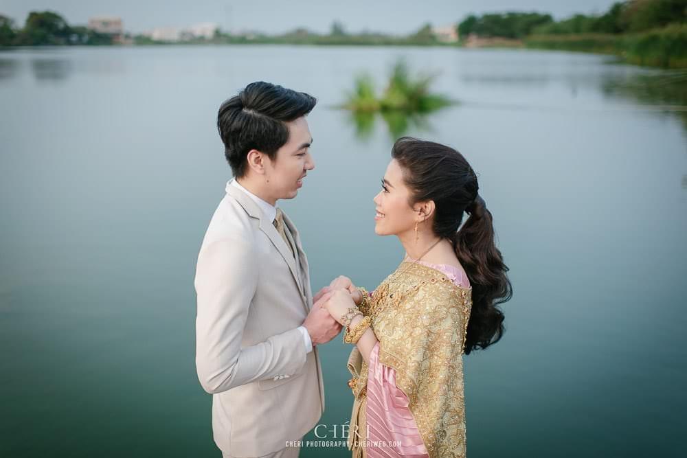 RuenPraKaiPetch thai wedding ceremony cheri weding 28 - รีวิว ภาพถ่ายผลงาน งานแต่งพิธีหมั้นแบบไทย สถานที่จัดงานแต่งงาน ริมทะเลสาบ เรือนประกายเพชร เรือนไทยสไตล์โคโลเนียล คุณสุนิธี และคุณนัฐวุฒิ