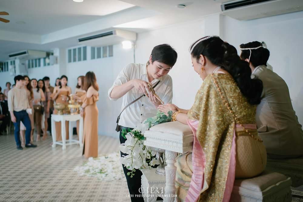 RuenPraKaiPetch thai wedding ceremony cheri weding 212 - รีวิว ภาพถ่ายผลงาน งานแต่งพิธีหมั้นแบบไทย สถานที่จัดงานแต่งงาน ริมทะเลสาบ เรือนประกายเพชร เรือนไทยสไตล์โคโลเนียล คุณสุนิธี และคุณนัฐวุฒิ
