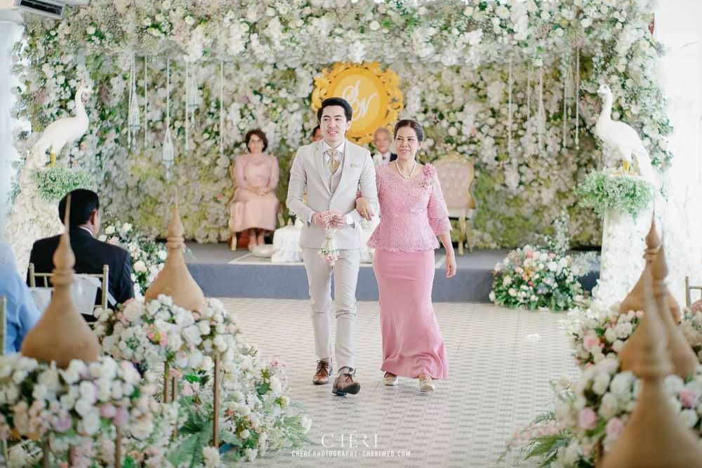RuenPraKaiPetch thai wedding ceremony cheri weding 141 - รีวิว ภาพถ่ายผลงาน งานแต่งพิธีหมั้นแบบไทย สถานที่จัดงานแต่งงาน ริมทะเลสาบ เรือนประกายเพชร เรือนไทยสไตล์โคโลเนียล คุณสุนิธี และคุณนัฐวุฒิ