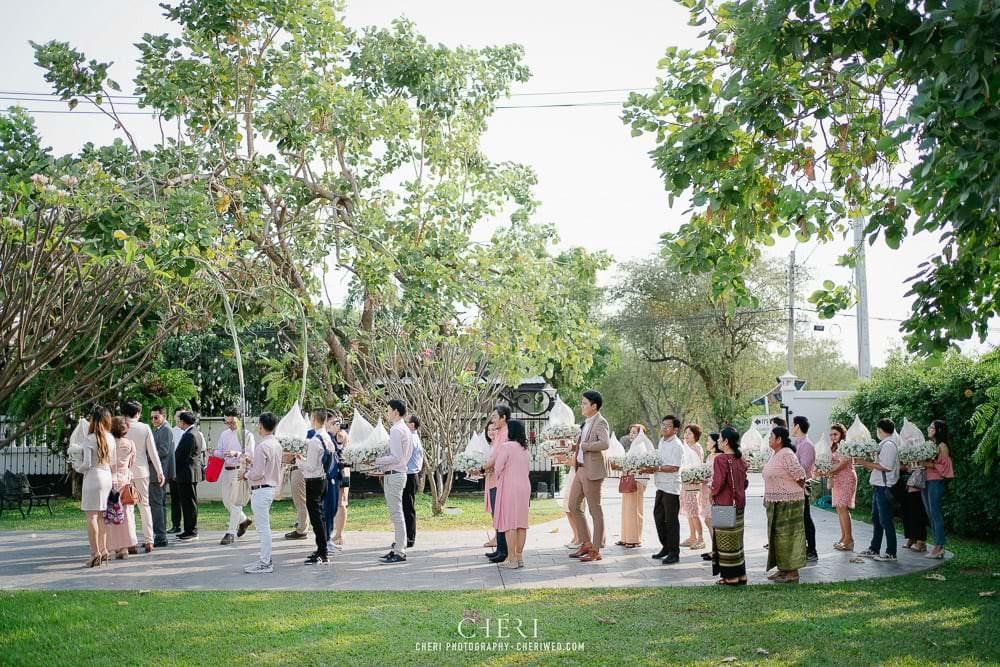 RuenPraKaiPetch thai wedding ceremony cheri weding 100 - รีวิว ภาพถ่ายผลงาน งานแต่งพิธีหมั้นแบบไทย สถานที่จัดงานแต่งงาน ริมทะเลสาบ เรือนประกายเพชร เรือนไทยสไตล์โคโลเนียล คุณสุนิธี และคุณนัฐวุฒิ