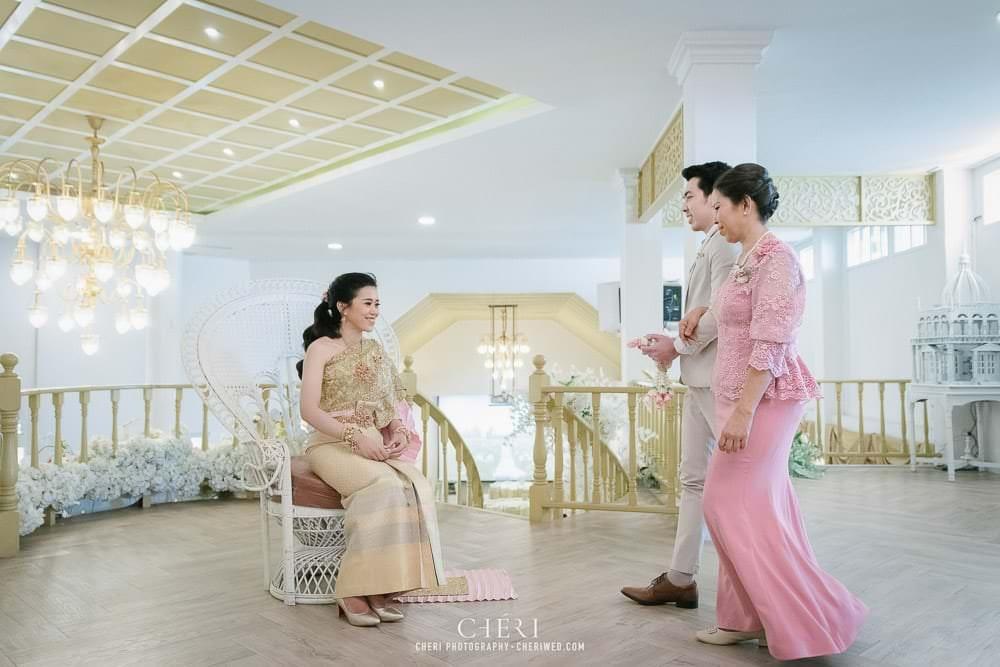 RuenPraKaiPetch thai wedding ceremony cheri weding 143 - รีวิว ภาพถ่ายผลงาน งานแต่งพิธีหมั้นแบบไทย สถานที่จัดงานแต่งงาน ริมทะเลสาบ เรือนประกายเพชร เรือนไทยสไตล์โคโลเนียล คุณสุนิธี และคุณนัฐวุฒิ