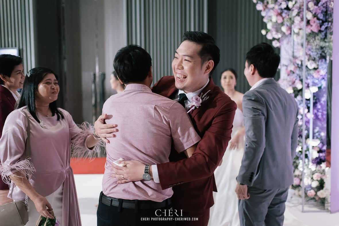 so sofitel bangkok wedding reception cheriwed tua pa 150 - SO Sofitel Bangkok Wedding Reception of Pa and Tua - งานแต่งงานสุดชิคในธีมสีม่วง ทุ่งลาเวนเดอร์ ที่โรงแรม โซ โซฟิเทล เเบงคอก