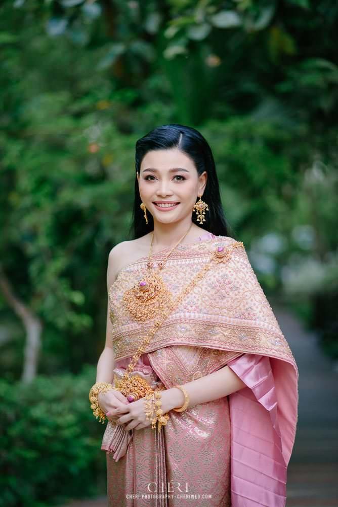 2 best beautiful bride in thai traditional wedding dress 2020 16