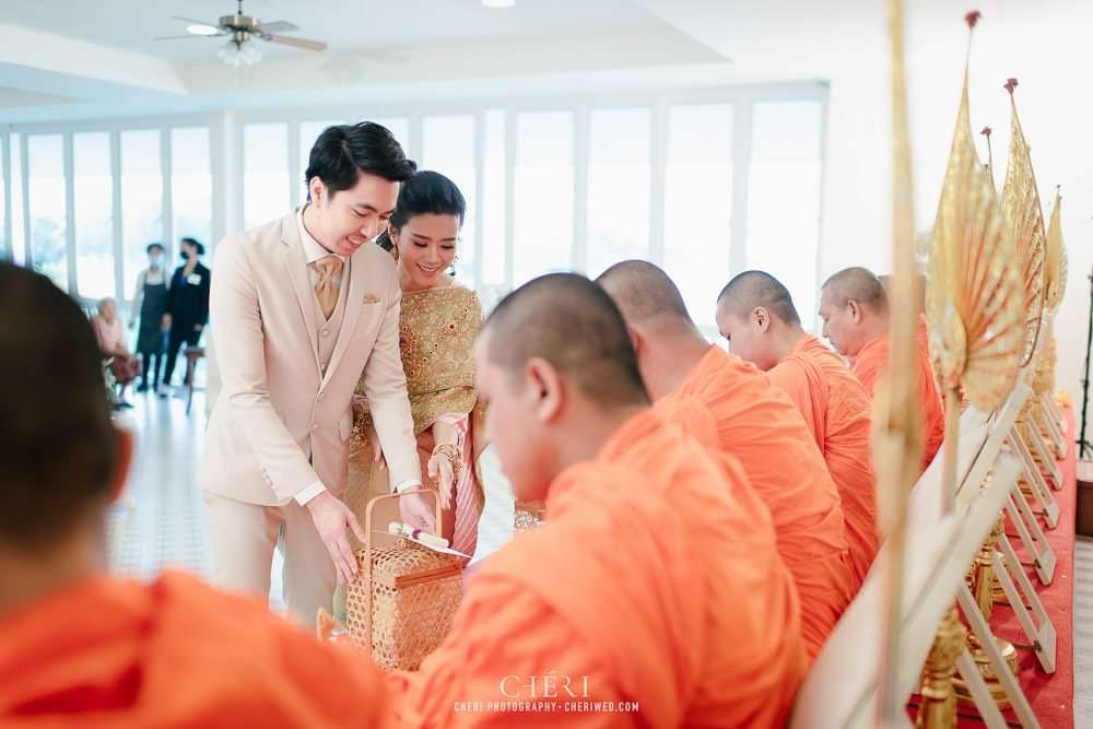 RuenPraKaiPetch thai wedding ceremony cheri weding 68 - รีวิว ภาพถ่ายผลงาน งานแต่งพิธีหมั้นแบบไทย สถานที่จัดงานแต่งงาน ริมทะเลสาบ เรือนประกายเพชร เรือนไทยสไตล์โคโลเนียล คุณสุนิธี และคุณนัฐวุฒิ