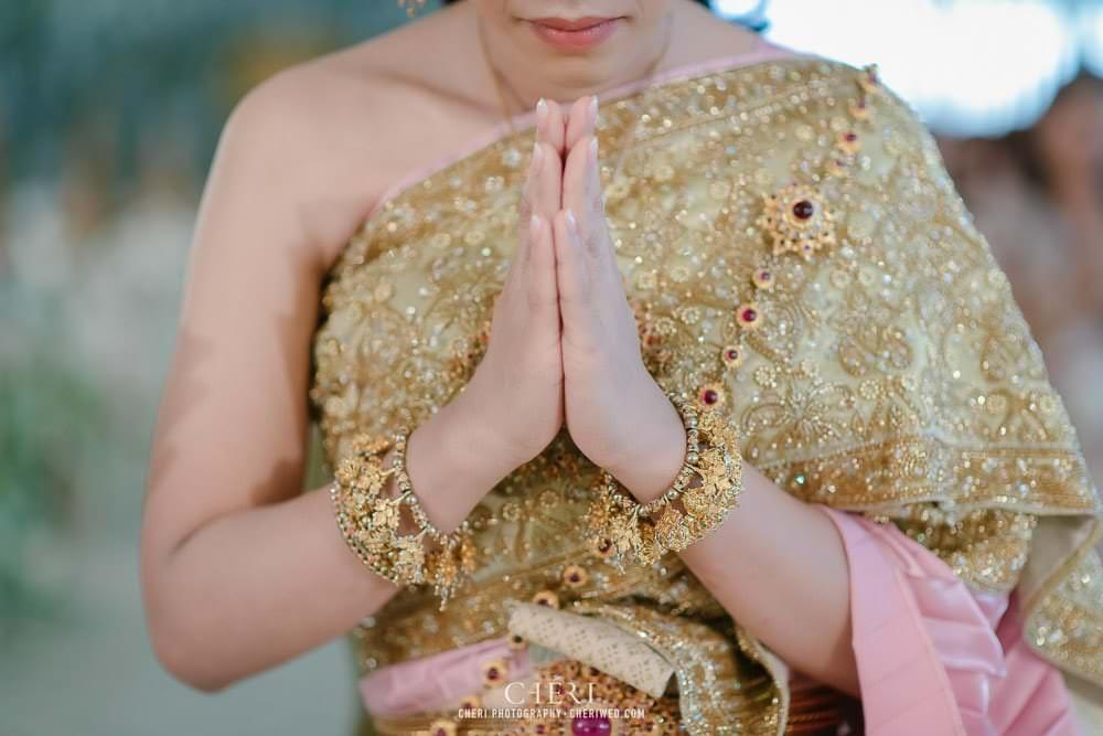 RuenPraKaiPetch thai wedding ceremony cheri weding 53 - รีวิว ภาพถ่ายผลงาน งานแต่งพิธีหมั้นแบบไทย สถานที่จัดงานแต่งงาน ริมทะเลสาบ เรือนประกายเพชร เรือนไทยสไตล์โคโลเนียล คุณสุนิธี และคุณนัฐวุฒิ