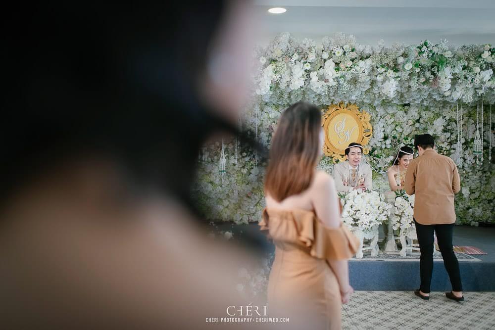 RuenPraKaiPetch thai wedding ceremony cheri weding 214 - รีวิว ภาพถ่ายผลงาน งานแต่งพิธีหมั้นแบบไทย สถานที่จัดงานแต่งงาน ริมทะเลสาบ เรือนประกายเพชร เรือนไทยสไตล์โคโลเนียล คุณสุนิธี และคุณนัฐวุฒิ