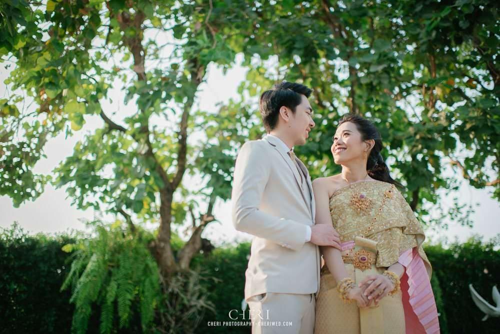 RuenPraKaiPetch thai wedding ceremony cheri weding 90 - รีวิว ภาพถ่ายผลงาน งานแต่งพิธีหมั้นแบบไทย สถานที่จัดงานแต่งงาน ริมทะเลสาบ เรือนประกายเพชร เรือนไทยสไตล์โคโลเนียล คุณสุนิธี และคุณนัฐวุฒิ