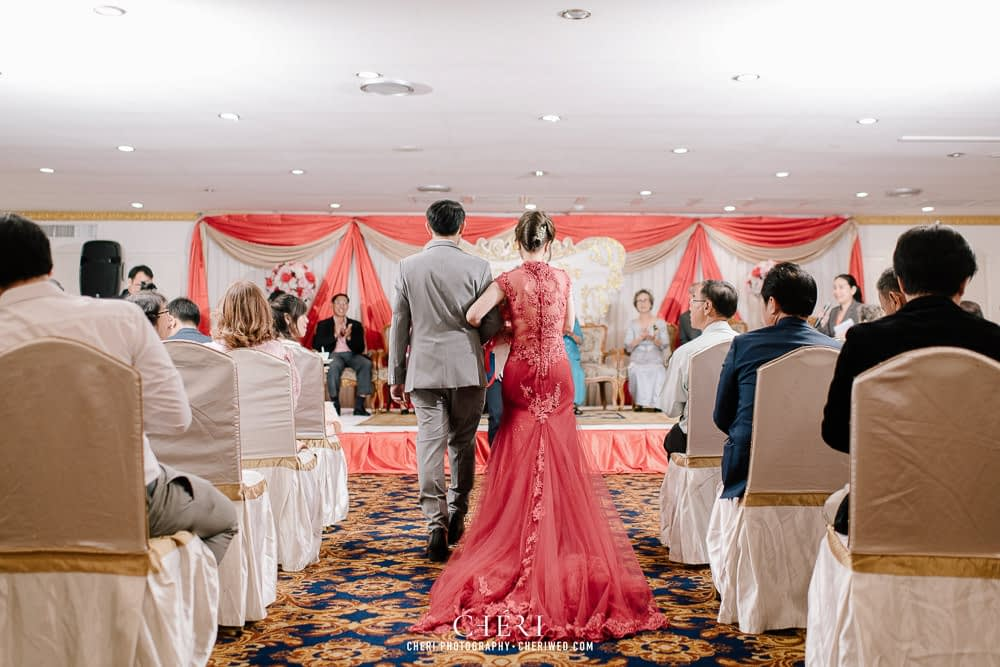 tawana bangkok hotel thai wedding ceremony 39 - Tawana Bangkok Hotel Charming Thai Chinese Wedding Ceremony, Rattaya & Sukij